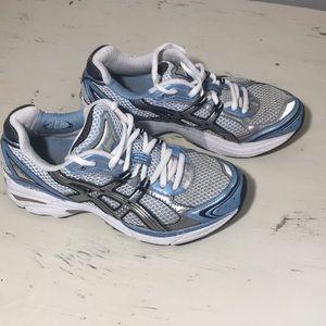 ASICS Gel Running Shoes (size: 6.5)